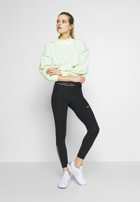 Nike Performance - TIGHT 7/8  - Leggings - black/white - 1