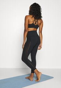 Nike Performance - YOGA LUXE 7/8 - Legging - black/smoke grey - 2
