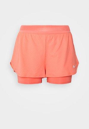DRY SHORT - Pantalón corto de deporte - sunblush/white
