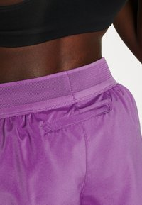 Nike Performance - SHORT RUNWAY - Sports shorts - purple/vivid purple/white - 3