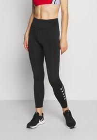 Nike Performance - RUN - Leggings - black/silver - 0