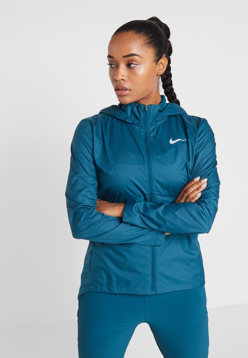 Nike Performance - ESSENTIAL - Chaqueta de deporte - midnight