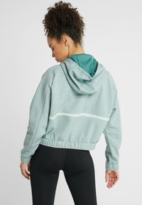 Nike Performance - DRY HOODIE  - Bluza z kapturem - bicoastal/heather/pistachio frost - 2
