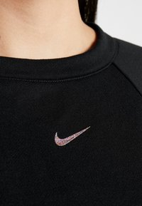 Nike Performance - Sweater - black - 3