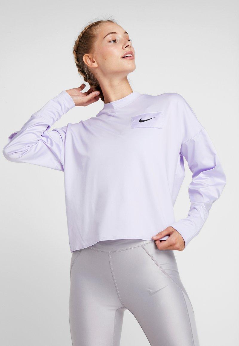 Nike Performance - MIDLAYER CREW REBEL - Sweatshirt - lavender mist/white/black