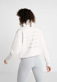 Nike Performance - CROPPED MOCK NECK - Sweatshirt - phantom/metallic silver - 2
