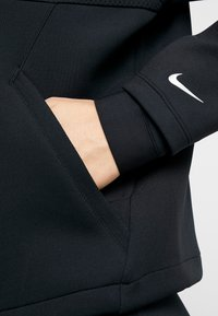 Nike Performance - CROPPED MOCK NECK - Bluza - black/metallic silver - 5