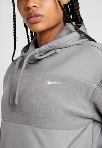 Nike Performance - ICON - Hoodie - gunsmoke/university red