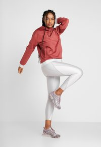 Nike Performance - ICON - Sweat à capuche - cedar/metallic gold - 1