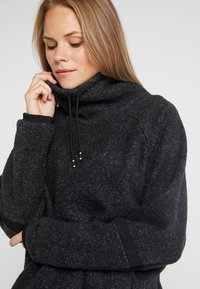 Nike Performance - COWL COZY - Bluza z polaru - black heather - 4