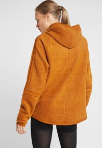 Nike Performance - COZY - Veste polaire - burnt sienna/black - 2