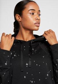 Nike Performance - GET FIT  - Hoodie - black/thunder grey - 4