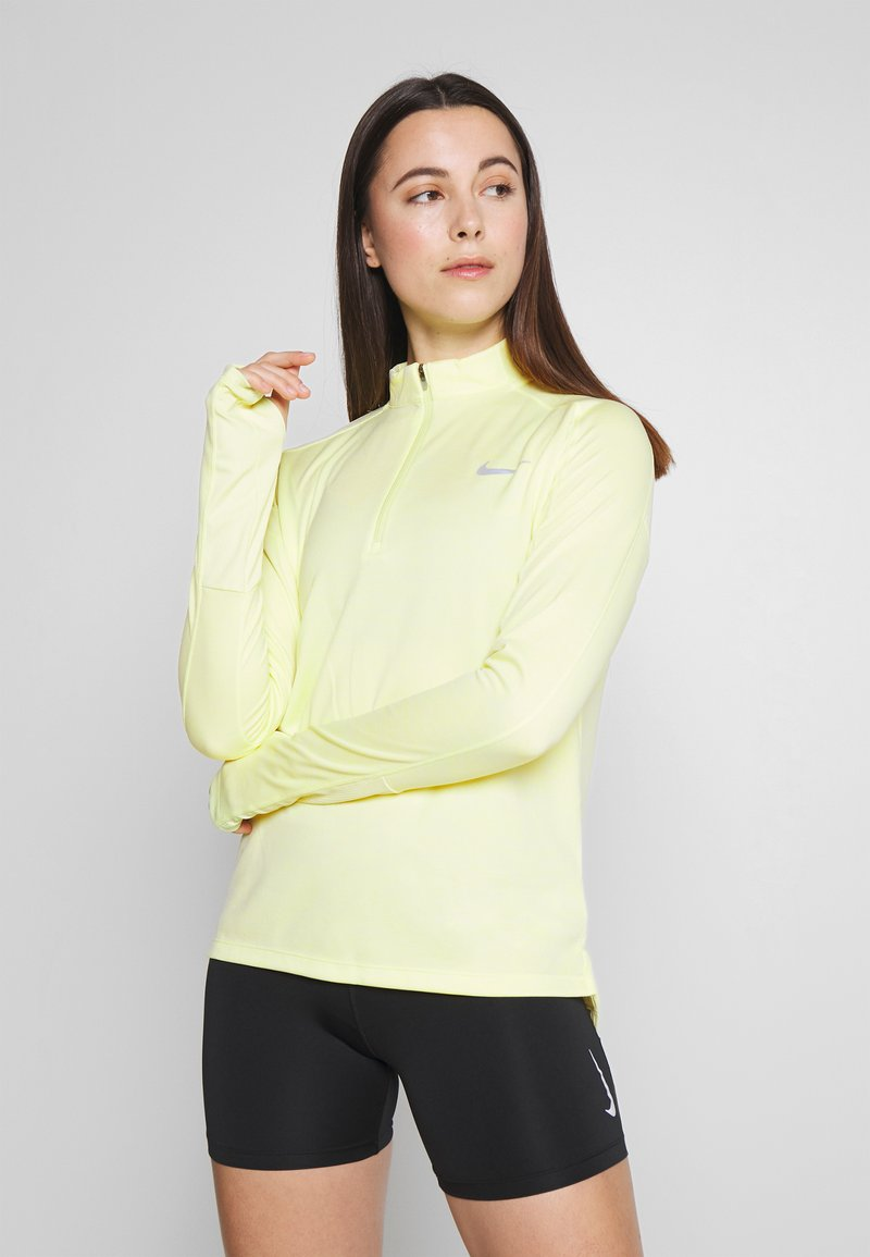 Nike Performance - PACER  - Camiseta de deporte - limelight/white/reflective silver