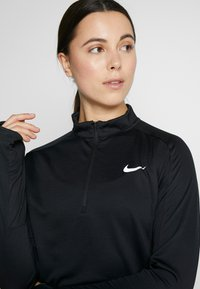 Nike Performance - PACER  - Sportshirt - black/reflective silver - 3
