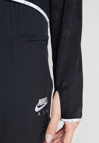 Nike Performance - AIR MIDLAYER - Funkční triko - black - 4