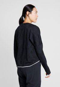 Nike Performance - AIR MIDLAYER - Funkční triko - black - 2