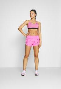 Nike Performance - INDY BRA - Sport BH - magic flamingo/black - 1