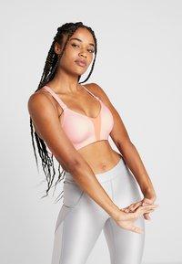 Nike Performance - RIVAL BRA HIGH SUPPORT - Reggiseno sportivo - echo pink/pink quartz/white - 0