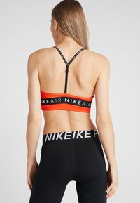 Nike Performance - INDY AIR BRA - Reggiseno sportivo - team orange/black - 2