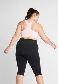 Nike Performance - Reggiseno sportivo - echo pink/black - 2