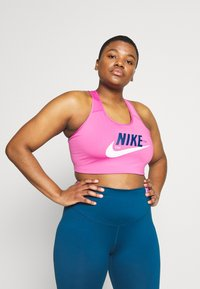 Nike Performance - PLUS SIZE BRA - Biustonosz sportowy - cosmic fuchsia/valerian blue/white - 0