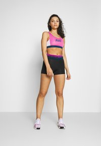 Nike Performance - MED PAD BRA - Sport BH - cosmic fuchsia/valerian blue/white - 1