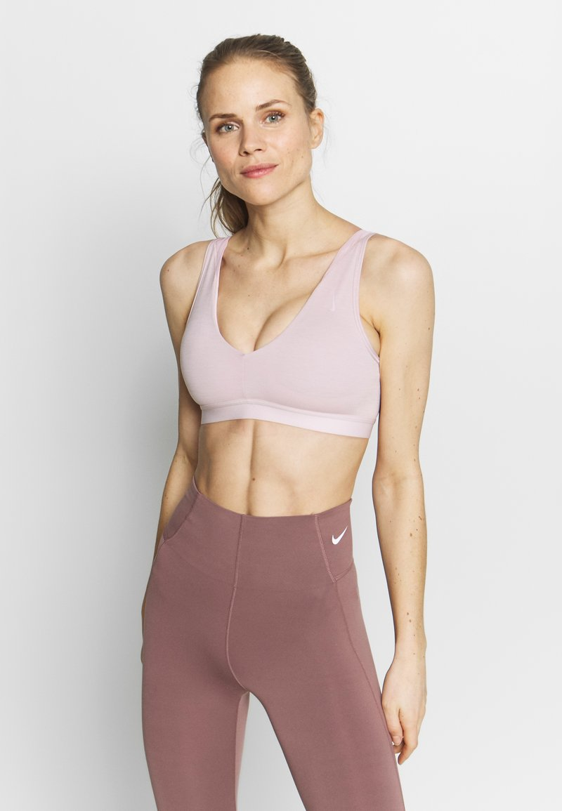 Nike Performance - FAVORITES NOVELTY BRA - Sports bra - plum chalk/barely rose