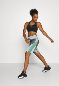 Nike Performance - BRA PAD - Sports-BH - black/white - 1