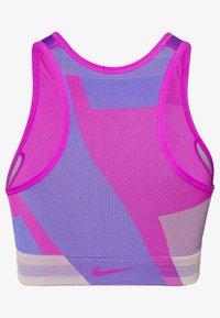 Nike Performance - SEAMLESS BRA - Urheiluliivit - fire pink/sapphire/desert dust - 1