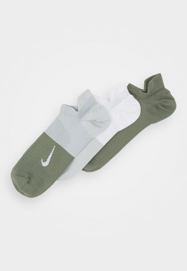 EVERYDAY PLUS 18 PACK - Sports socks - multi-color