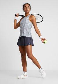 Nike Performance - FLOUNCY SKIRT - Sports skirt - grid iron/white - 1
