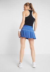 Nike Performance - VICTORY SKIRT - Falda de deporte - game royal/white - 2