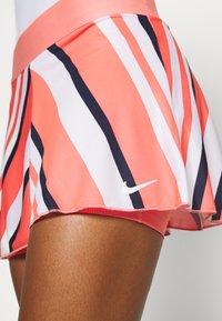 Nike Performance - FLOUNCY SKIRT PRINTED - Rokken - sunblush/white - 4