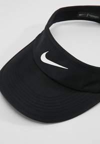 Nike Performance - WOMEN AEROBILL FEATHERLIGHT VISOR ADJUSTABLE - Kšiltovka - black/white - 4