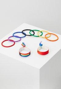 Nike Performance - MIXED PONYTAIL HOLDER 9 PACK - Accessoires - Overig - pimento/orange blaze/sunlight - 0