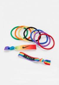 Nike Performance - MIXED PONYTAIL HOLDER 9 PACK - Accessoires - Overig - pimento/orange blaze/sunlight - 1