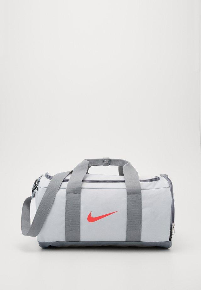 TEAM DUFFLE - Sports bag - photon dust/particle grey/laser crimson
