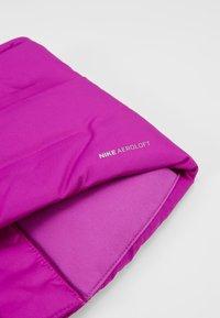 Nike Performance - CITY SCARF - Kruhová šála - vivid purple/reflective black - 6