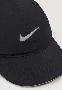 Nike Performance - DRY AEROBILL RUN - Gorra - black - 2