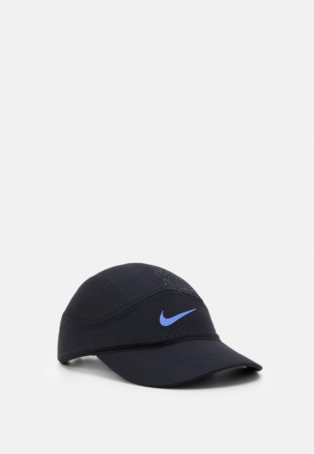 DRY  - Cap - black/reflective silver