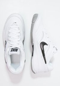 Nike Performance - COURT LITE - Buty tenisowe uniwersalne - white/black/medium grey - 1