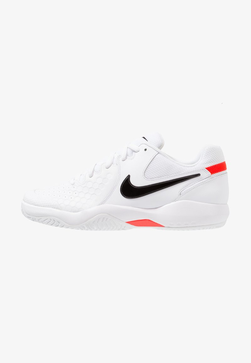 Nike Performance - AIR ZOOM RESISTANCE - Tennisschuh für Sandplätze - white/black/bright crimson