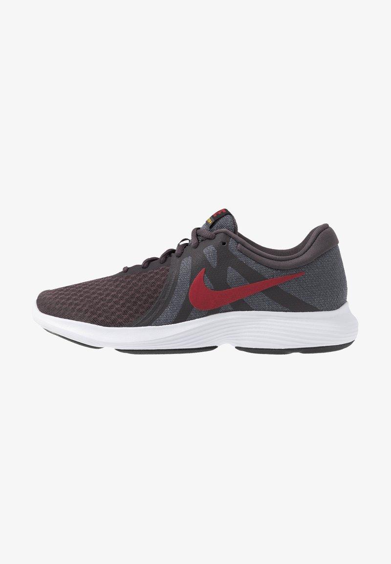 Nike Performance - REVOLUTION - Gym- & träningskor - thunder grey/team crimson/gunsmoke/amarillo/black/white