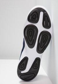 Nike Performance - REVOLUTION - Chaussures de running - uomu blu - 4