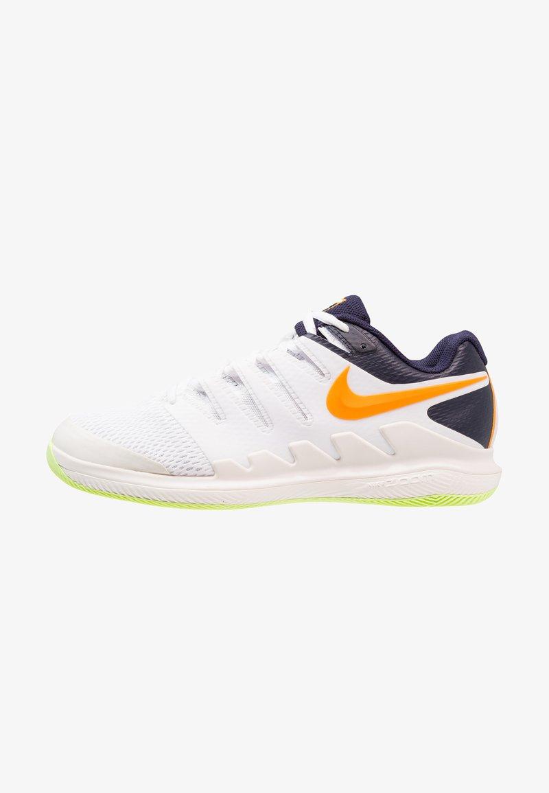 Nike Performance - NIKE AIR ZOOM VAPOR X - Multicourt Tennisschuh - phantom/orange peel/blackened blue/white/volt glow