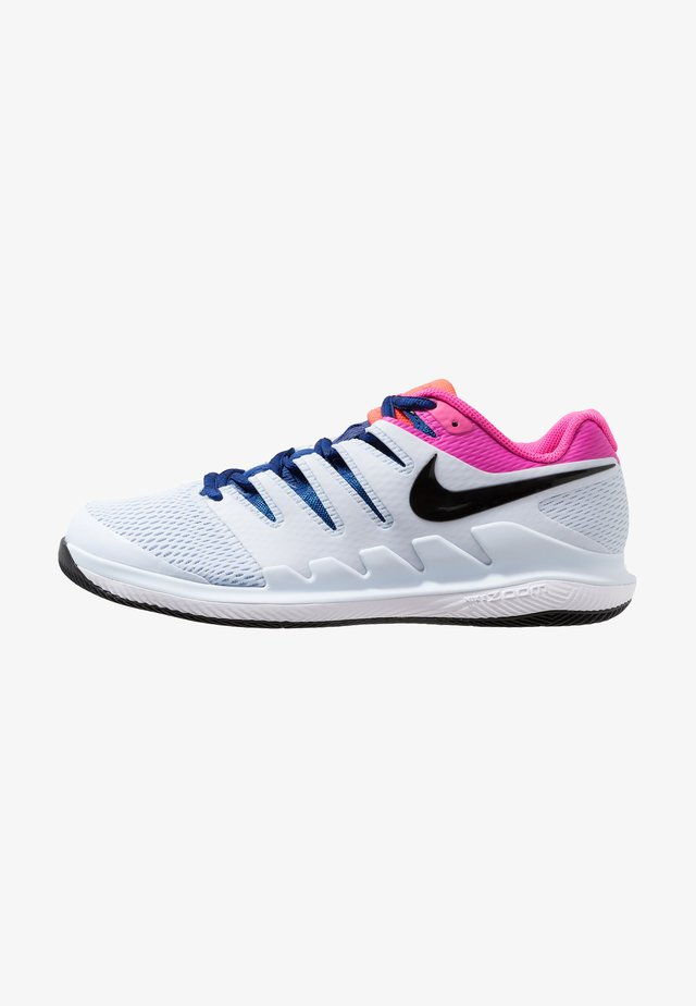 AIR ZOOM VAPOR X - Buty tenisowe uniwersalne - half blue/black/white/laser fuchsia/bright crimson/indigo force