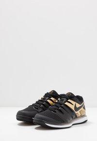 Nike Performance - AIR ZOOM VAPOR X - All court tennisskor - black/metallic gold/white - 2