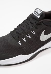Nike Performance - LEGEND TRAINER - Sports shoes - black/metallic silver/white - 5
