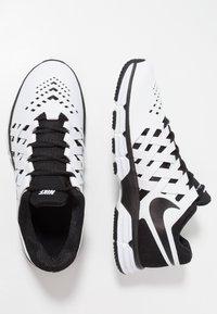 Nike Performance - LUNAR FINGERTRAP TR - Treningssko - white/black - 1