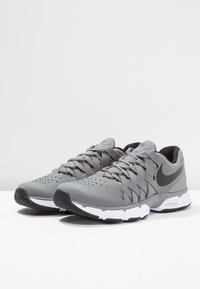 Nike Performance - LUNAR FINGERTRAP TR - Treningssko - cool grey/black - 2